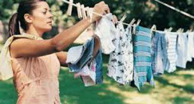 Những lưu ý khi giặt quần áo cho bé