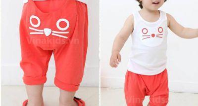 Giúp mẹ chọn mua quần áo cho bé