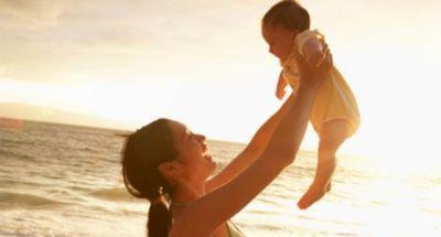Cách mẹ tắm nằng cho trẻ sơ sinh