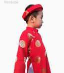 Áo dài bé trai đồng tiền màu đỏ