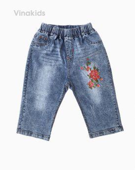 Quần jeans lửng bé gái thêu hoa đỏ (5-8 tuổi)