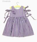 Váy bé gái kẻ caro màu tím