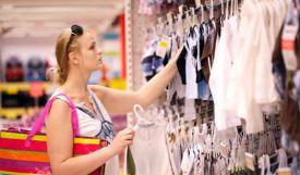 Mách mẹ cách chọn mua quần áo cho bé yêu đảm bảo thời trang mà vẫn an toàn