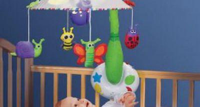 Những cách chọn đồ chơi an toàn cho bé yêu
