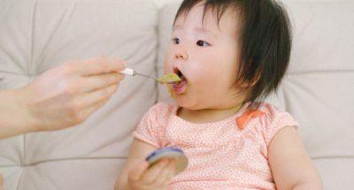 Những thực phẩm tuyệt đối không cho trẻ dưới 3 tuổi ăn