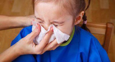 Trẻ bị sổ mũi kéo dài: Nguyên nhân do đâu?
